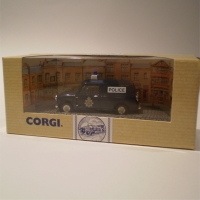corgi-96956-vanpolice