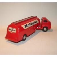 Corgi Toys 1110 Bedford Mobil Tanker