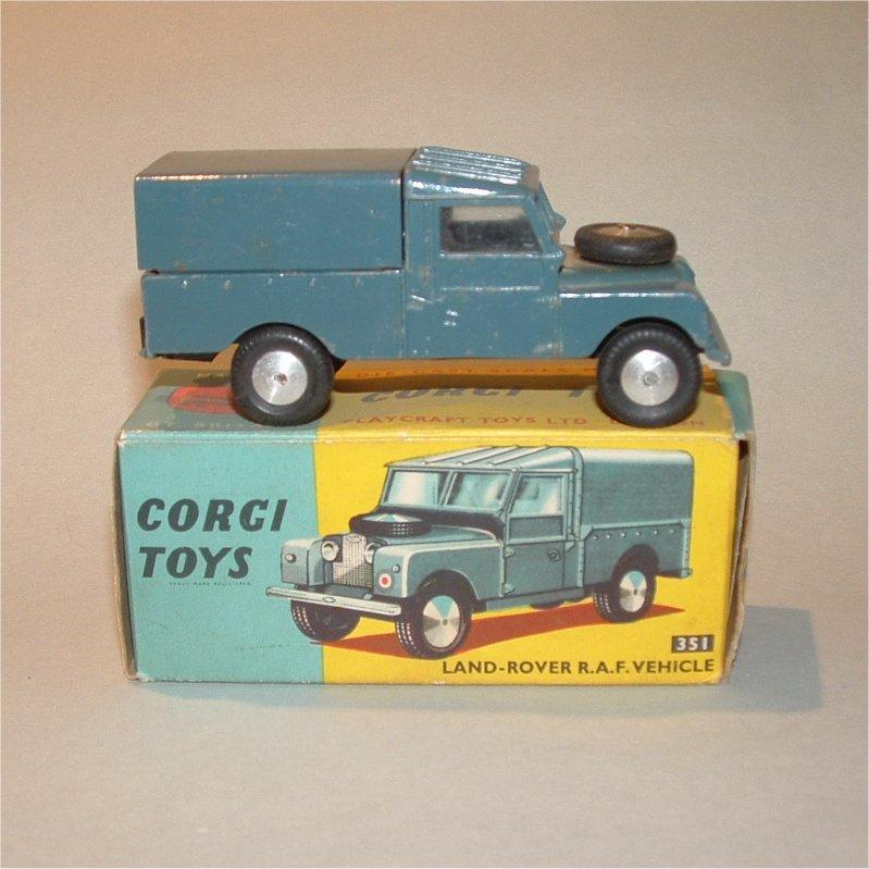 corgi-0351-landroverraf-1