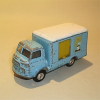 0435-dairy-van-1