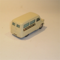 corgi-0412-bedford-ambulance-2