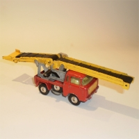 corgi-0064-jeepfc150-conveyor-1