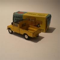 corgi-0406-landrover-2