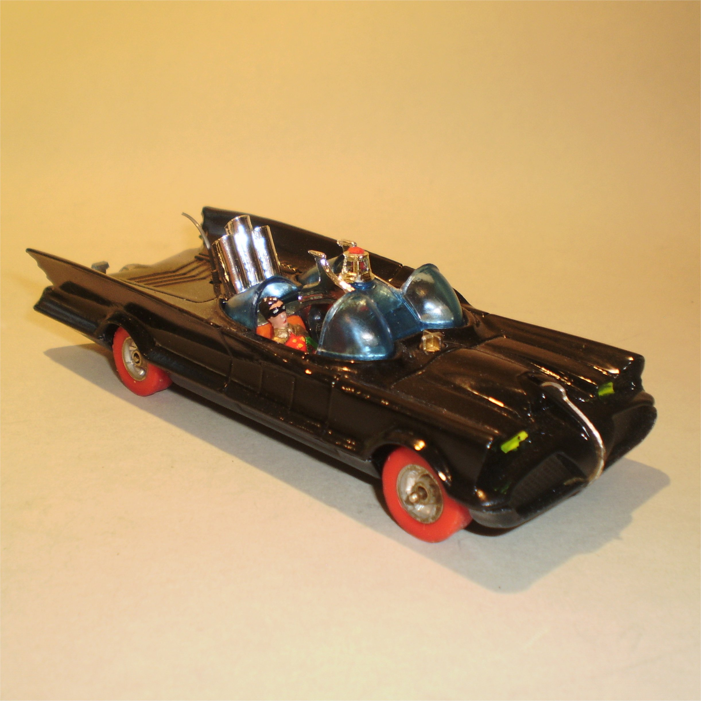 0267-redwheel-batmobile-1