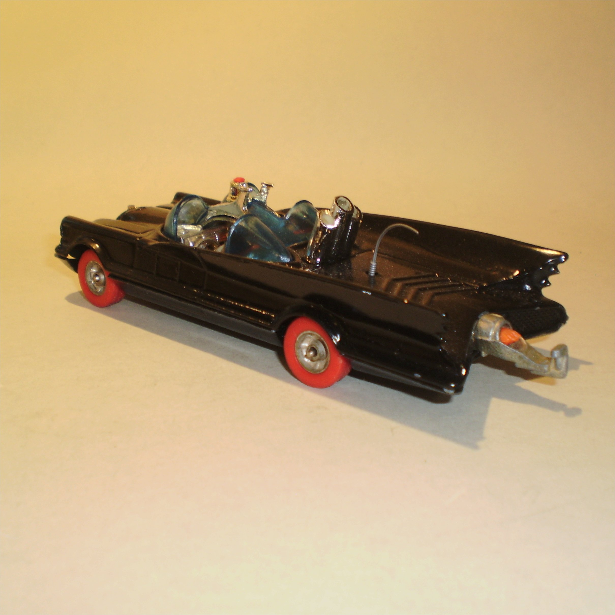 0267-redwheel-batmobile-2