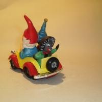 0801-noddycar-2
