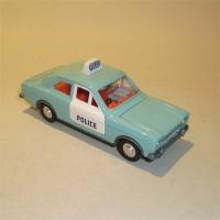 0270-ford-escort-panda-police-1