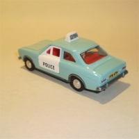 0270-ford-escort-panda-police-2