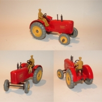 Dinky 27a Massey Harris Tractor