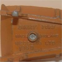 Dinky 105b Wheelbarrow #4