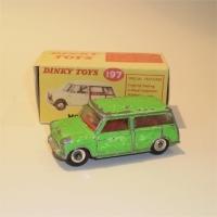 Dinky Toys 197 Morris Van