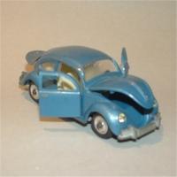 Dinky 129 VW Sedan #3