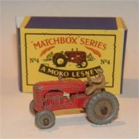Matchbox 4b Tractor