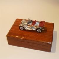Matchbox Yesteryear Y13 Daimler Cigarette Box