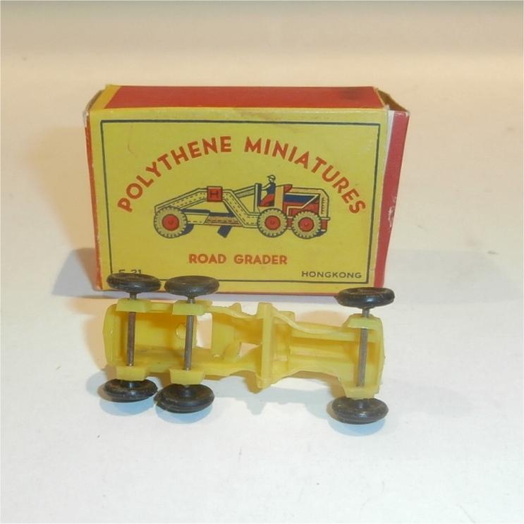 Polythene Miniatures 21-RoadGrader-3