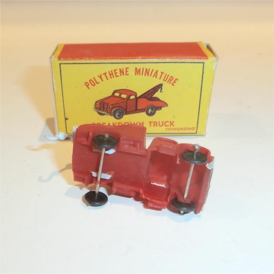 Polythene Miniatures 73 Tow Truck