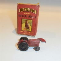 Tuckerbox Series box with Wardie Tractor