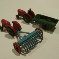 Wardie Wee World Tractors and Farm Equipment